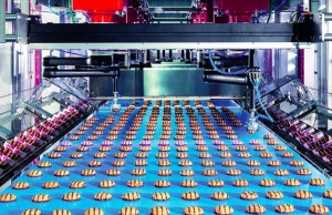 At MCPack, Teledyne DALSA BOA smart cameras capture color images of the seals of cookie packages as they cross the field of view on five production lines