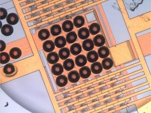 Caption Laser catapulting can also be used to fabricate an array of microlenses directly on top of a photodetector array This is useful for directing more light onto the most sensitive parts of the detector Credit Mart Duocastella, Istituto Italiano di Te