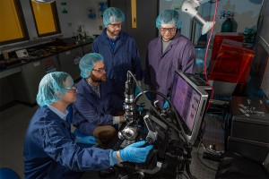 Researchers from RITs Future Photon Initiative in collaboration with Air Force produced the Department of Defense first ever fully integrated quantum photonics wafer