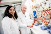 Promising Fabrication Process for Ultra-thin Transparent Silver Films Anjana Devi and Nils Boysen in the lab in Bochum