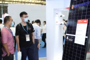 DuPont showcases the latest solar panels with Clear Tedlarbacksheet from leading module manufacturers
